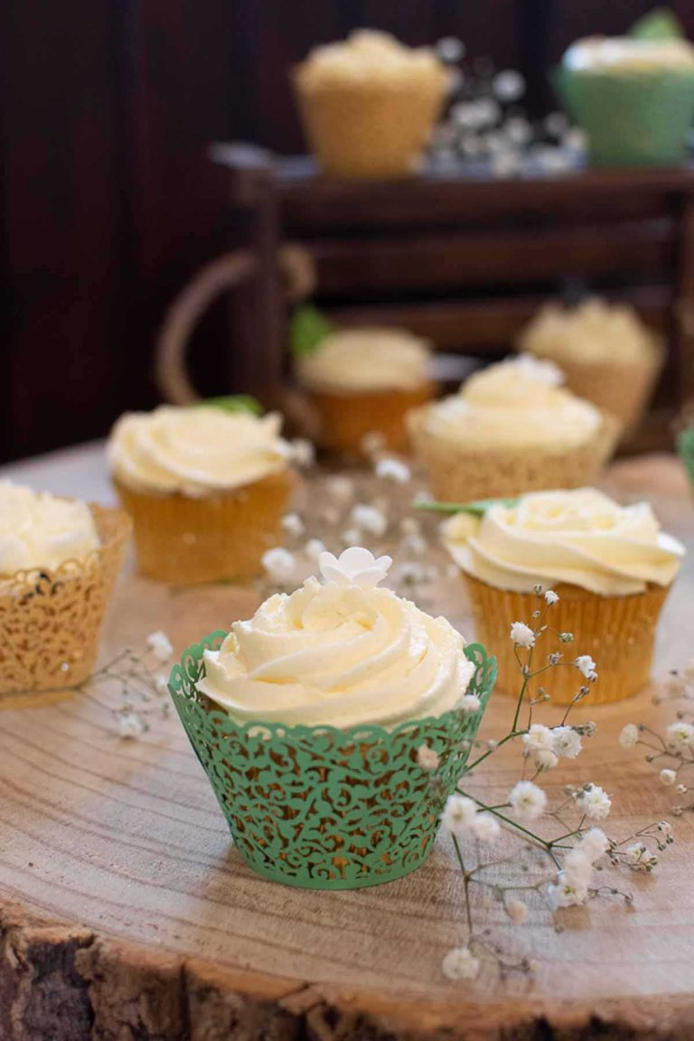cupcakes in green and gold cases