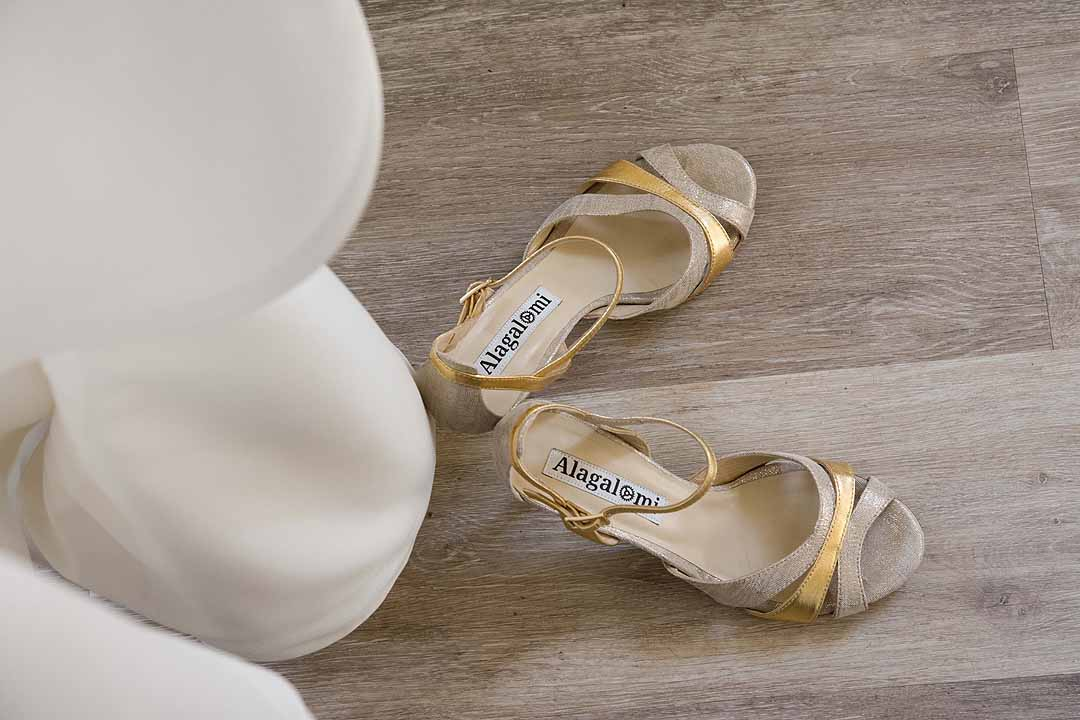 Alagalomi tango dance shoes with gold decoration